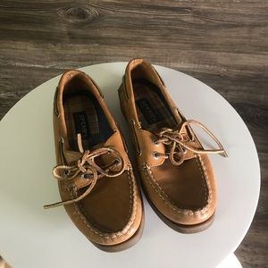 Sperry's Plain Leather